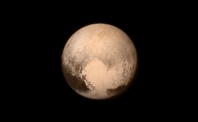 01_-Pluto